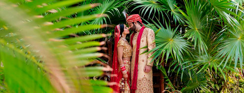 Red and gold tropical hindu wedding